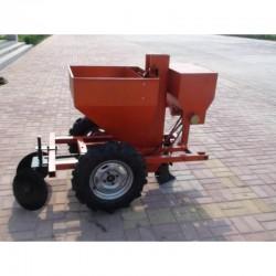 Potato sower one line with fertilizing