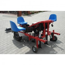 Seeder for onion and garlic